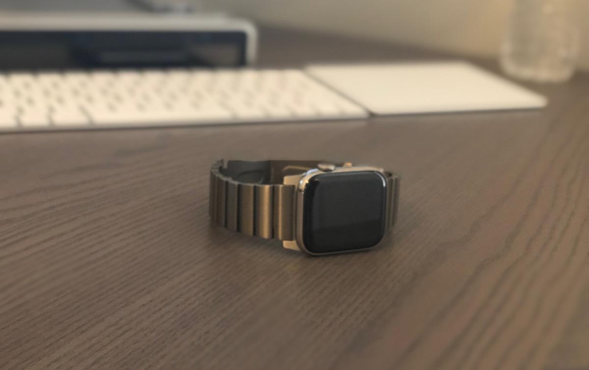 Revisión: la banda de titanio de Nomad para Apple Watch es una alternativa elegante y económica a la pulsera de eslabones de Apple