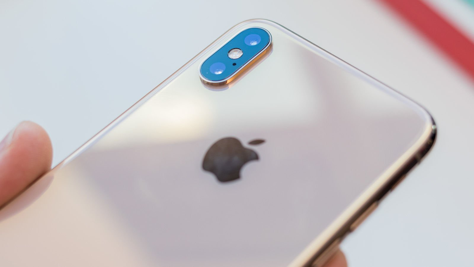 IPhone XS vs. iPhone 8 Plus: Diseño