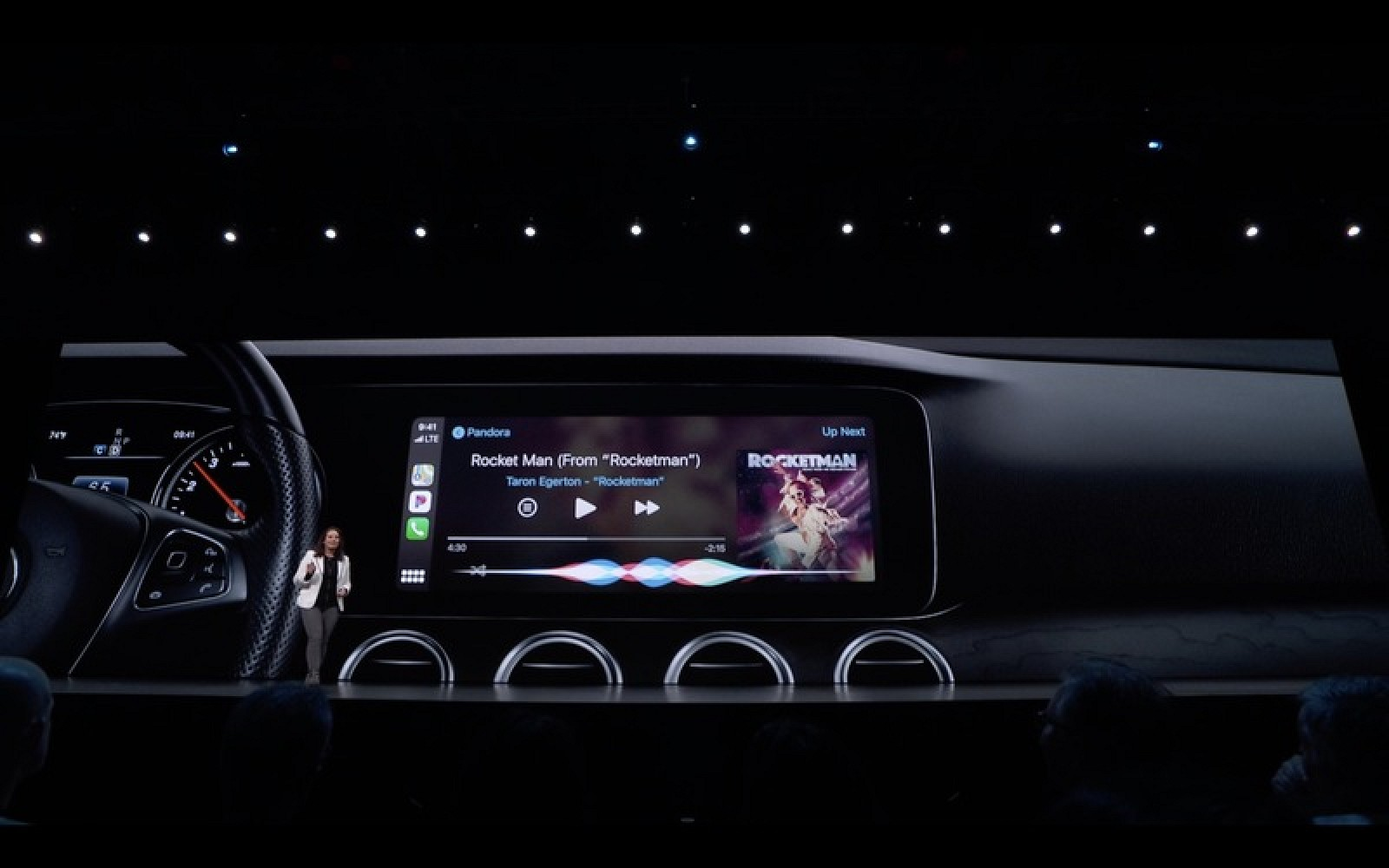 "Apple dice que iOS 13 trae ""la actualización más grande a CarPlay"""