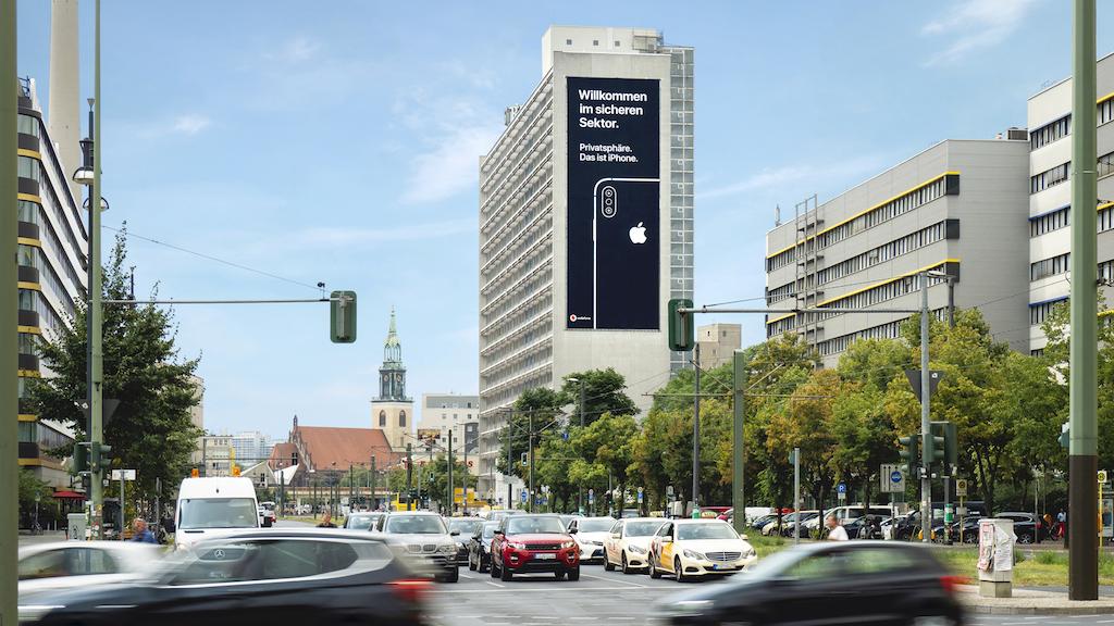 Apple lleva la campaña de marketing de privacidad de iPhone a Alemania