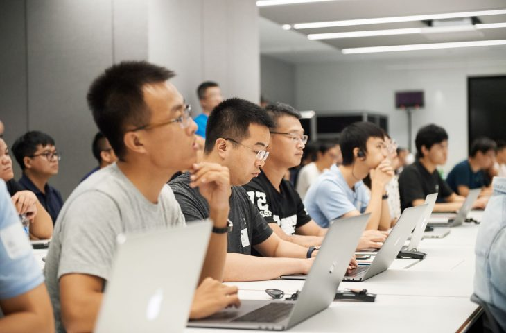 Apple abre su primer centro de desarrollo y diseño de aplicaciones en Shanghai