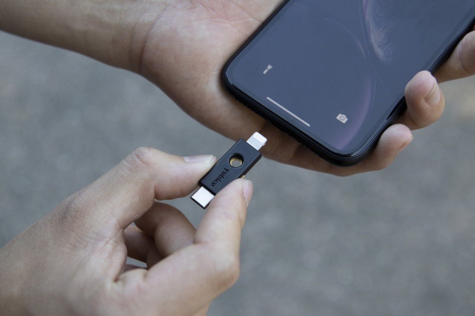 Yubico lanza YubiKey 5Ci equipado con Lightning para la autenticación física segura en dispositivos iOS
