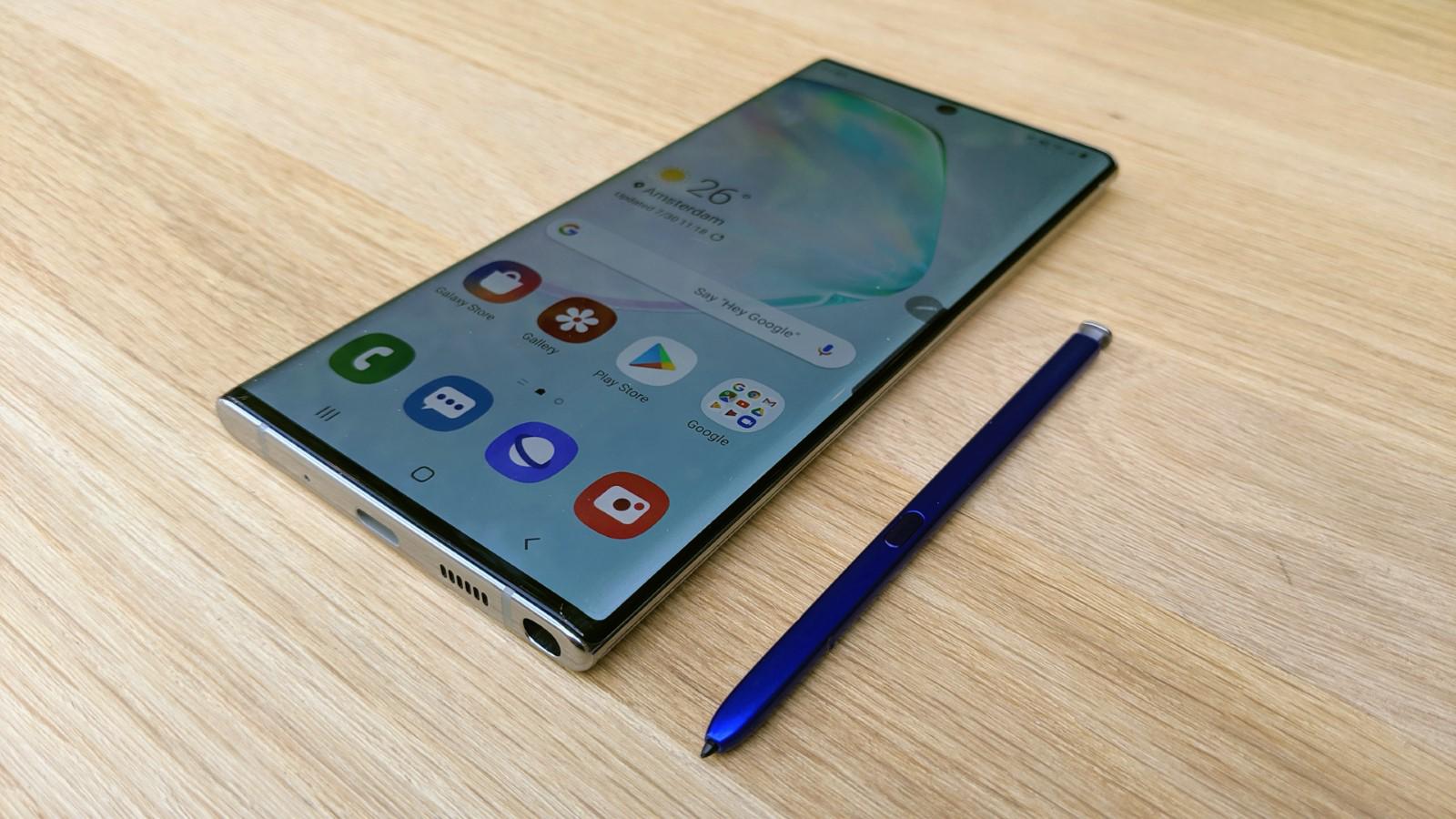 Samsung Galaxy Note 10 vs iPhone XS Max: características
