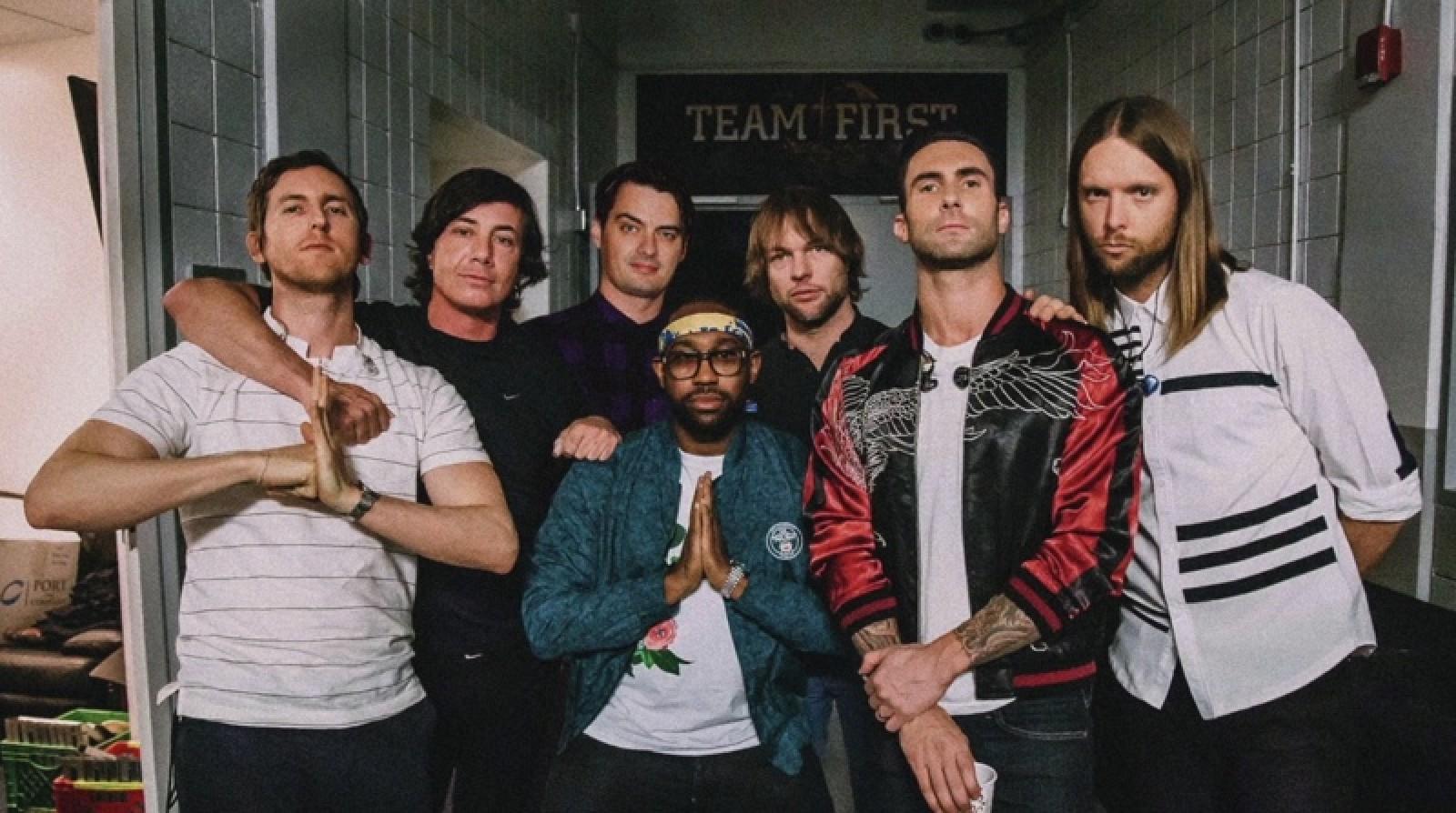Apple colabora con Maroon 5 para agregar la canción 'Memories' a la aplicación de fotos