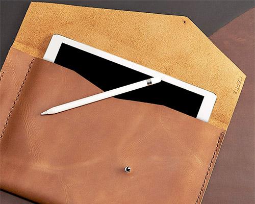 Capra Leather iPad 10.2 -inch manga