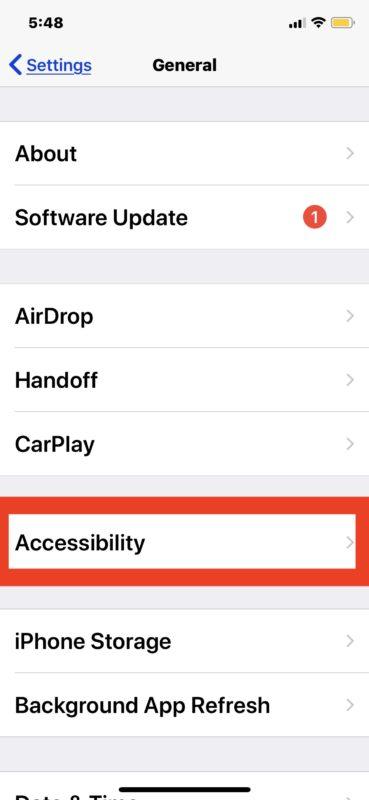 Cómo invertir colores de pantalla en iPhone o iPad