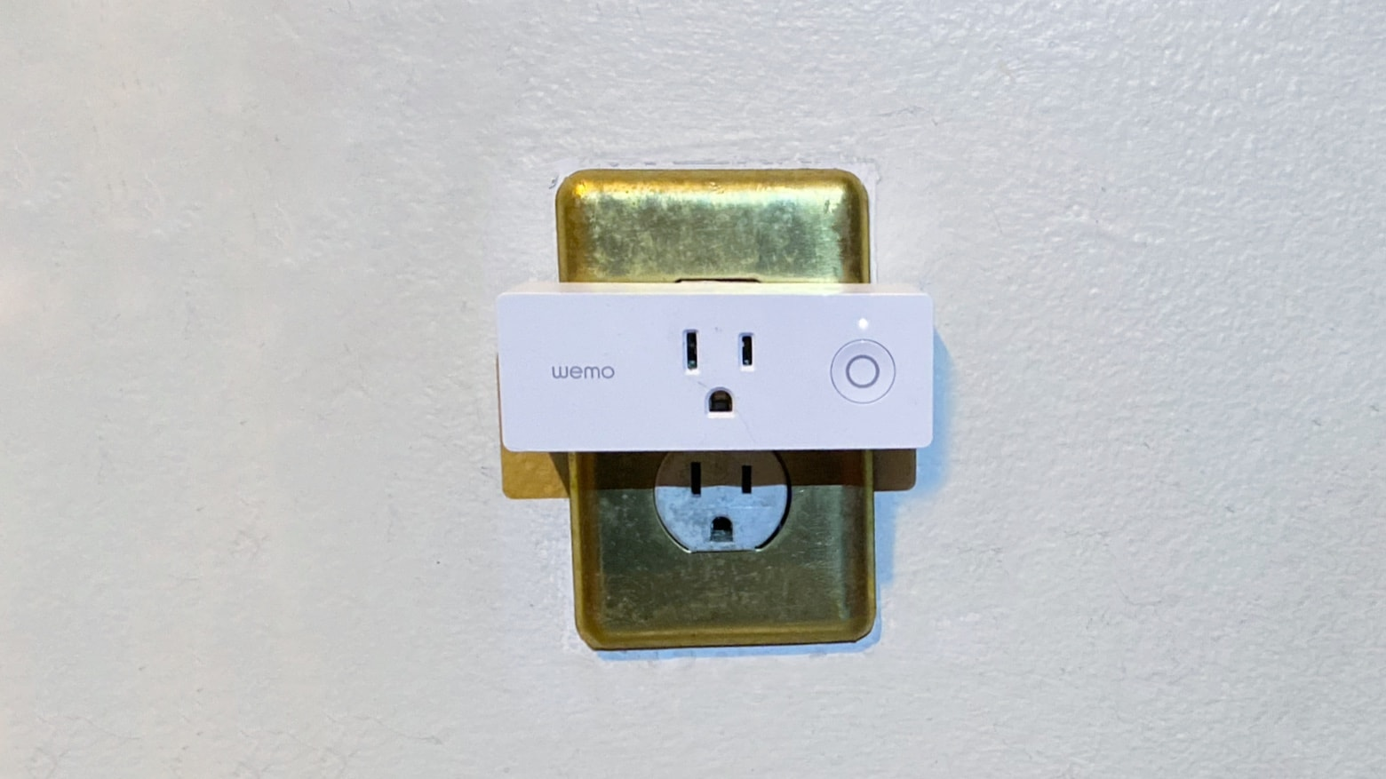 Wemo WiFi Smart Plug is a nice start to home automation