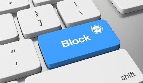 Cómo bloquear todos los sitios excepto uno en Chrome y Firefox