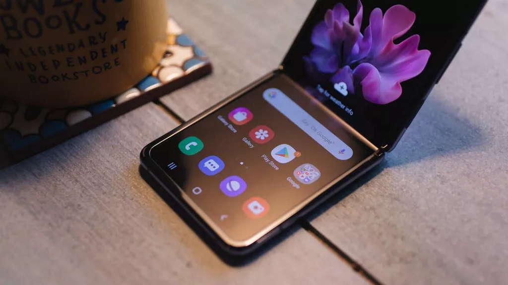 ¿Problemas para comenzar? monitor Samsung Galaxy Z Flip no salió como se esperaba