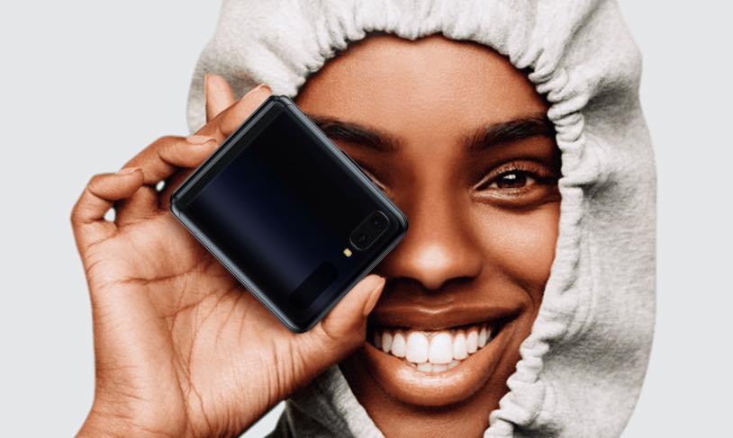 Samsung Galaxy Z Turn! El primero con vidrio plegable por € 1529.90