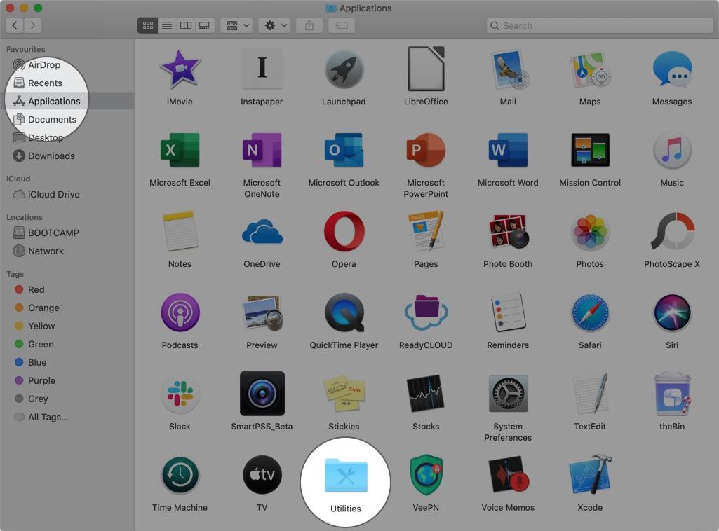 Haga clic en Aplicación y seleccione Utilidades en Mac