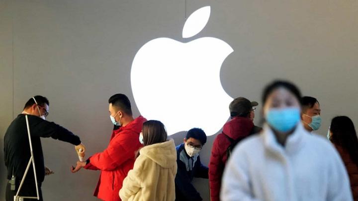 """Apple""""class ="""" aligncenter wp-image-660626 size-medium """"width ="""" 720 """"height ="""" 405 """"srcset ="""" https://iunlocked.org/wp-content/uploads/2020/03/1584029706_180_Apple-stanger-all -shops-in-Italy-pa-obestamd-time-pa.jpg 720w, https://pplware.sapo.pt/wp-content/uploads/2020/03/Apple-covid-19-150x84.jpg 150w, https://pplware.sapo.pt/wp-content/uploads/2020/03/Apple-covid-19-768x432.jpg 768w, https://pplware.sapo.pt/wp-content/uploads/2020/03/Apple-covid-19-345x194.jpg 345w, https://pplware.sapo.pt/wp-content/uploads/2020/03/Apple-covid-19-50x28.jpg 50w, https://pplware.sapo.pt/wp-content/uploads/2020/03/Apple-covid-19.jpg 800w """"tamaños ="""" (ancho máximo: 720px) 100vw, 720px """"/></p> <p>En un momento en que la Organización Mundial de la Salud ha declarado COVID-19 como pandemia, parece una decisión sensata y responsable Apple, para clientes, empleados y el resto de la sociedad.</p> <p>El brote ya ha llegado a 126.011 personas en todo el mundo. 4.614 muertos. Sin embargo, las buenas noticias representan 67,051 casos recuperados.</p><div class='code-block code-block-5' style='margin: 8px auto; text-align: center; display: block; clear: both;'> <div data-ad="""