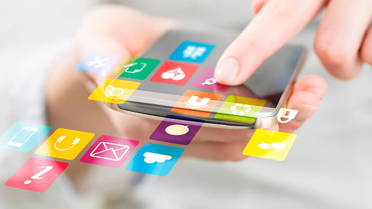 Kuinka siirtää kaikki tiedot vanhasta Android- tai iOS-puhelimesta yhteen …