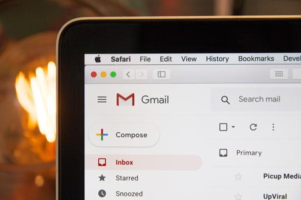 Hur man tömmer mappar permanent i Gmail 1