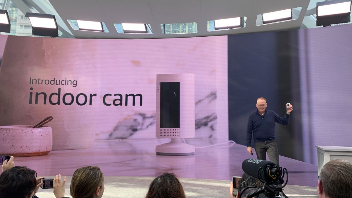 Dua kamera Ring baru menawarkan keamanan rumah murah untuk kompleks pemula Anda