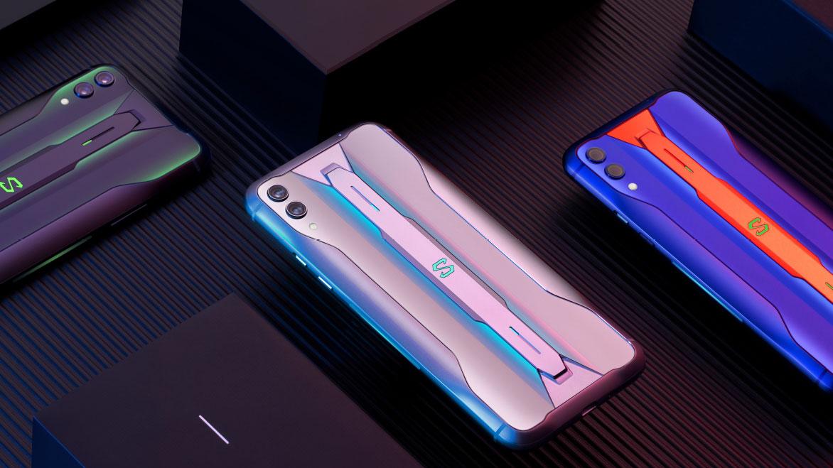 Telepon gaming Black Shark 2 Pro dibuat berdasarkan smartphone Black Shark 2 yang populer