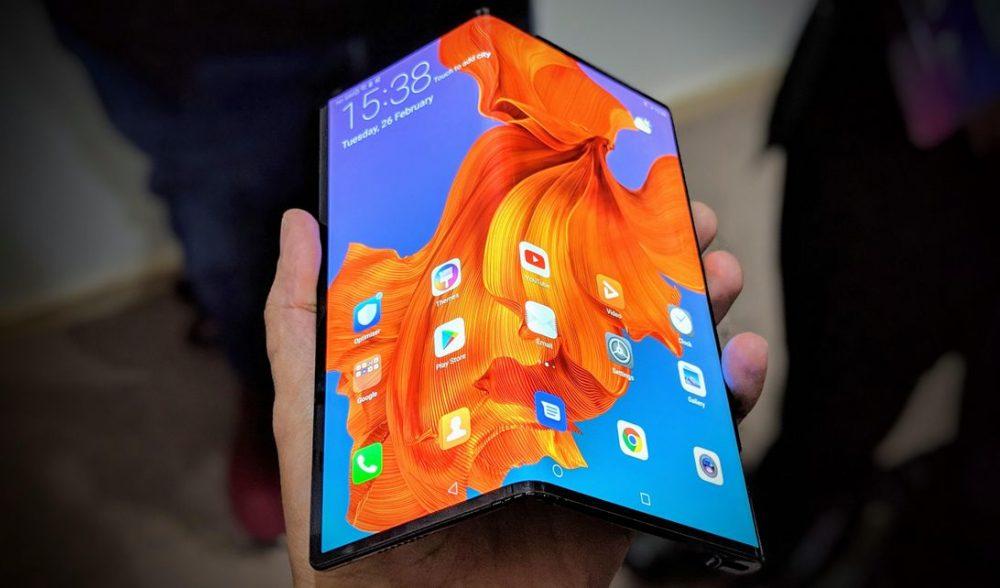 Taitettava Huawei Mate X -puhelin muuttaa prosessoreita ja …