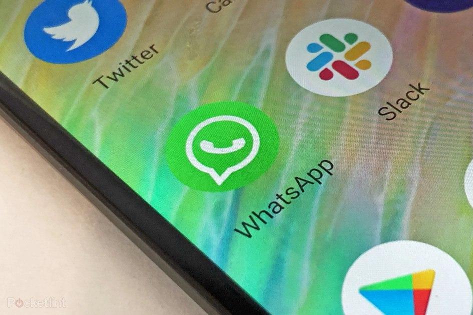Adalah Facebook memiliki pemikiran kedua tentang menempatkan iklan di WhatsApp?