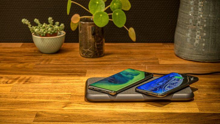 Pad pengisian nirkabel senilai $ 140 ini memiliki 16 koil dan dapat mengisi dua ponsel sekaligus dengan cepat