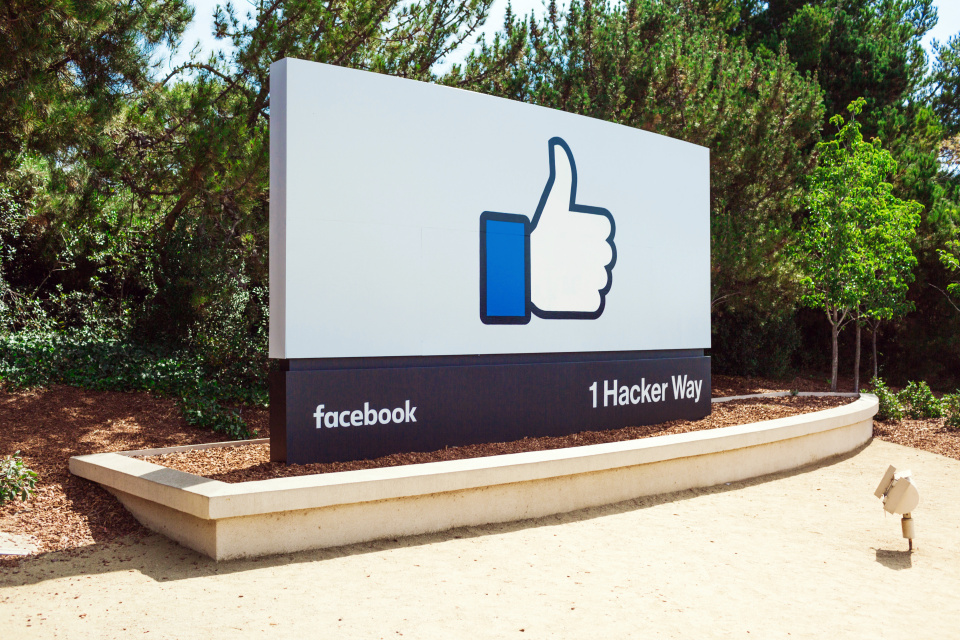 Facebook Sembunyikan Sembunyikan Suka Hitung Pada Posting