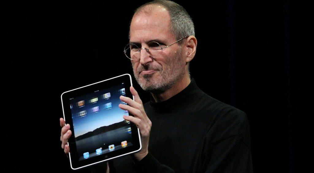 Onnittelut 10. iPadista: Steven Sinofsky pohtii Microsoftin näkökulmaa