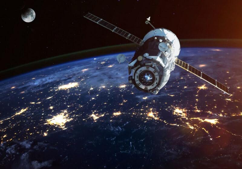 Prancis ingin memasang senjata dan laser di satelitnya untuk tujuan pertahanan diri