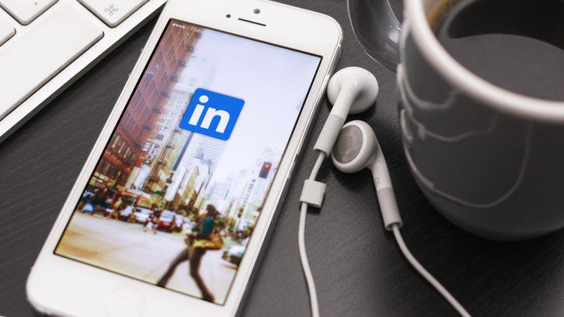 LinkedIn adalah aplikasi terbaru untuk mendapatkan perubahan mode gelap 1