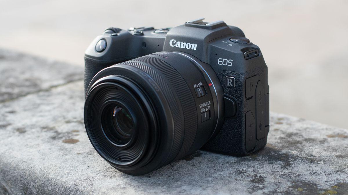 Nikon Z6, Fujifilm X-T3, Canon EOS RP ja muut voittivat gongin …