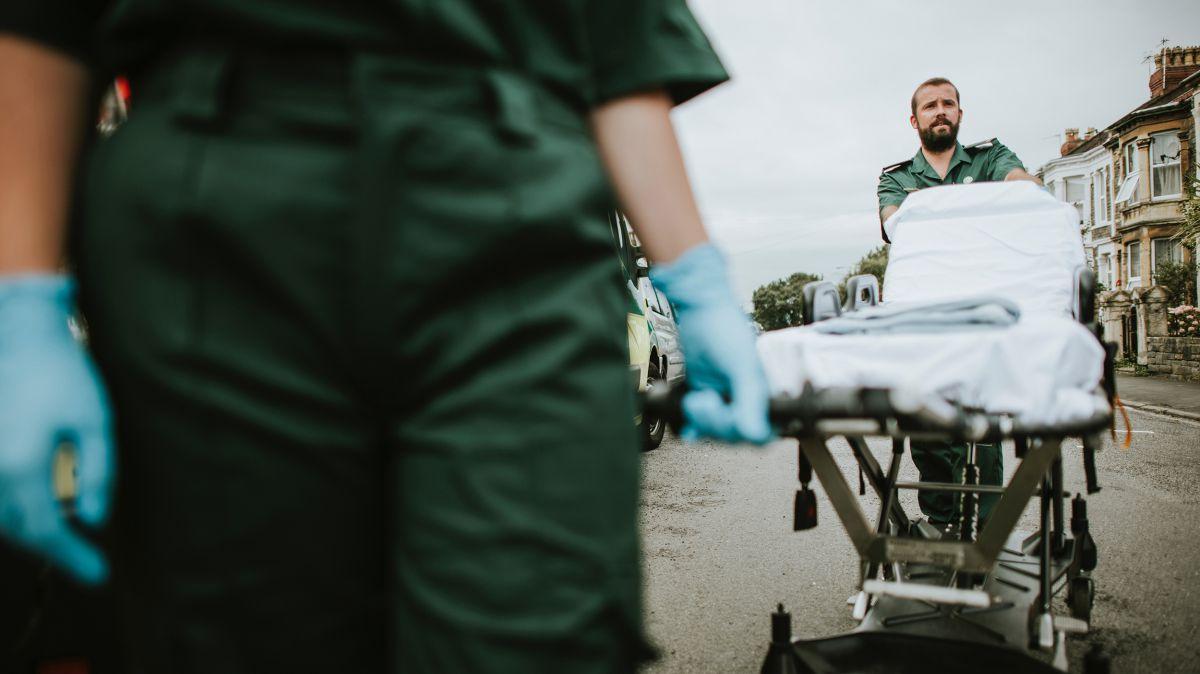 O2 5G hỗ trợ kiểm tra xe cứu thương thông minh 2
