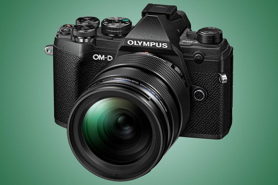 Olympus OM-D E-M5 Mark III menawarkan fitur pro dalam desain yang ringan dan tahan cuaca