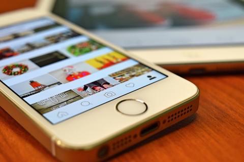 Ai có nhiều nhất Instagram Người theo dõi ngay bây giờ? 7