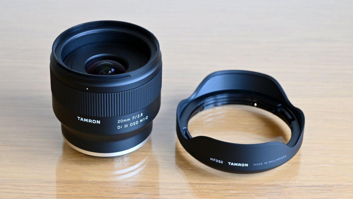 Tamron 20mm f / 2.8 Di III OSD M 1: 2 ulasan 1