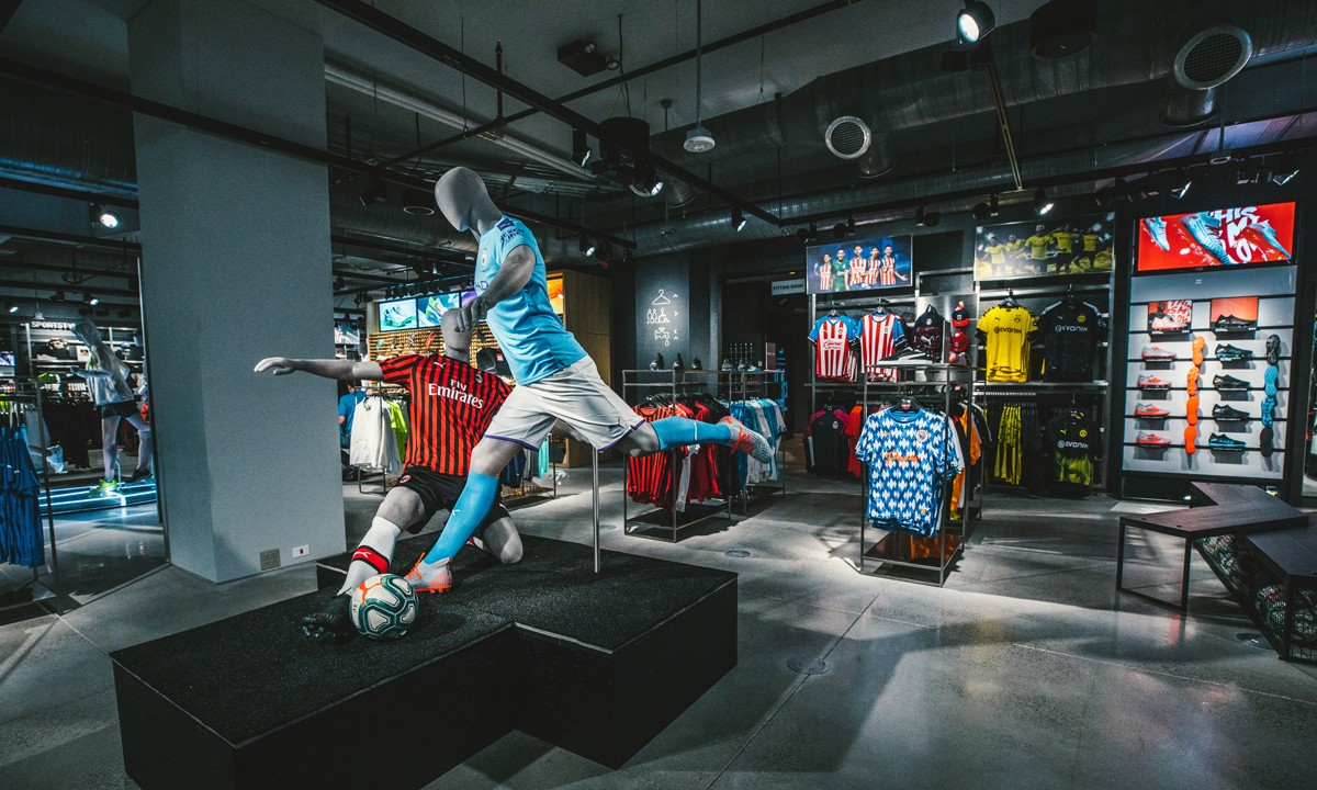 An Inside Look di PUMA's NYC Flagship Store: Lihat Lebih Banyak Di Sini 1