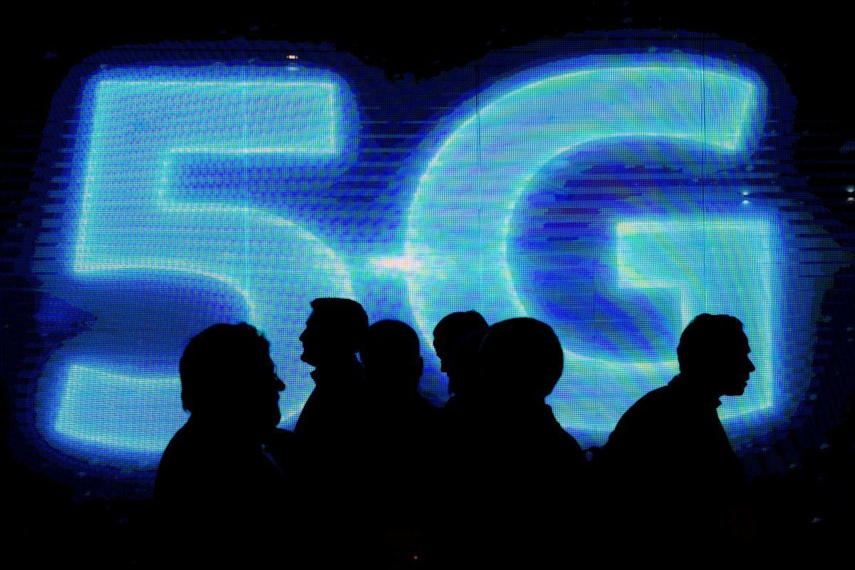 Apakah 5G akan memberi Anda kanker? Para ahli mengungkapkan mengapa teori konspirasi viral 'benar-benar salah'