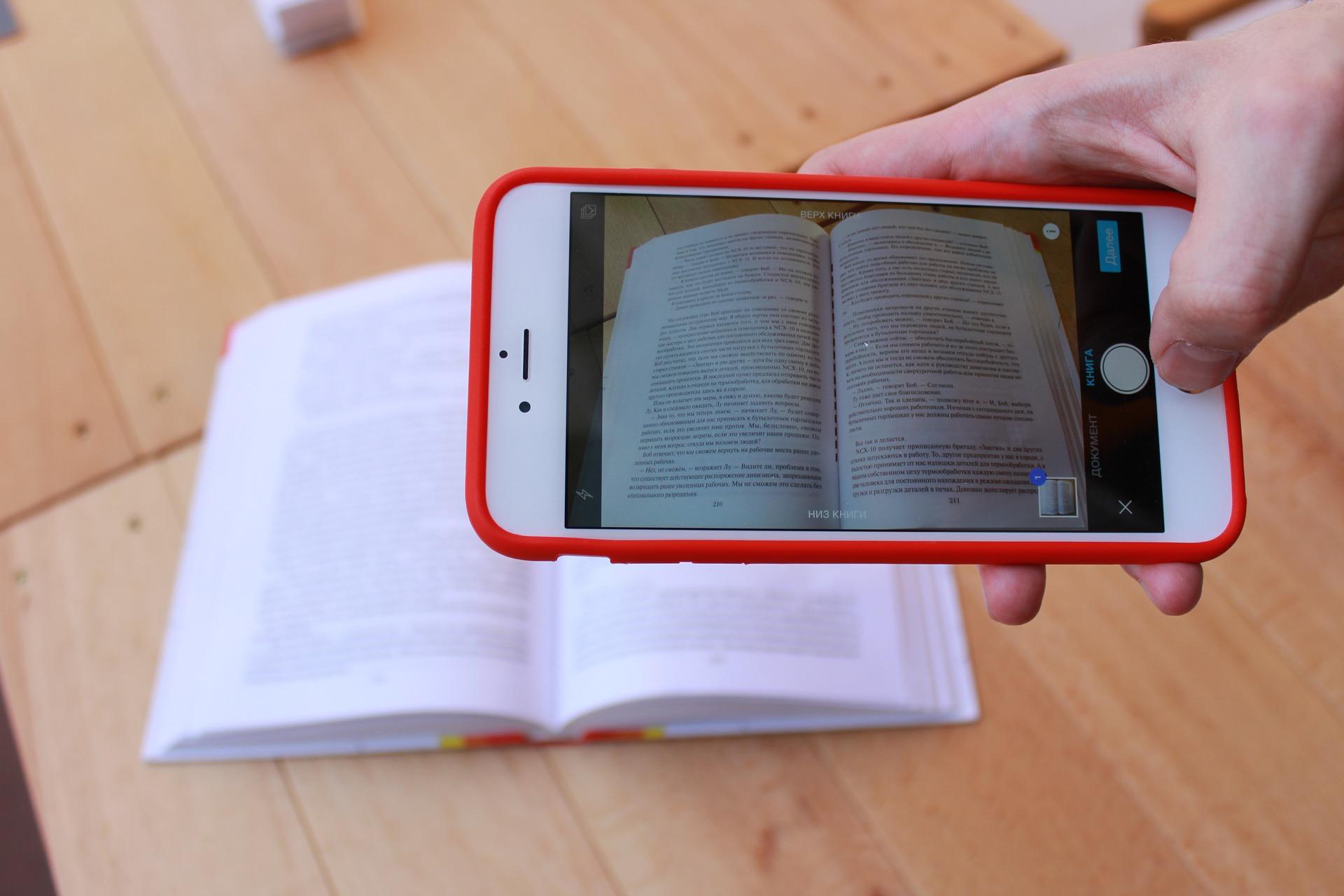 Mobiilisovellus asiakirjojen skannaamiseen iPhonessa ja Androidissa
