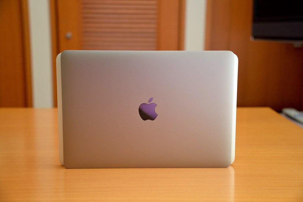 """Apple mengucapkan selamat tinggal pada MacBook 12-inci dan bisa menyiapkan model 16 """" 1"""