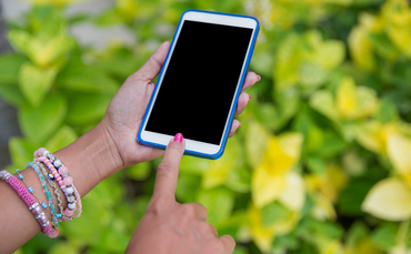 Apple mungkin memperkenalkan kembali Touch ID, tetapi Anda harus menunggu dua tahun