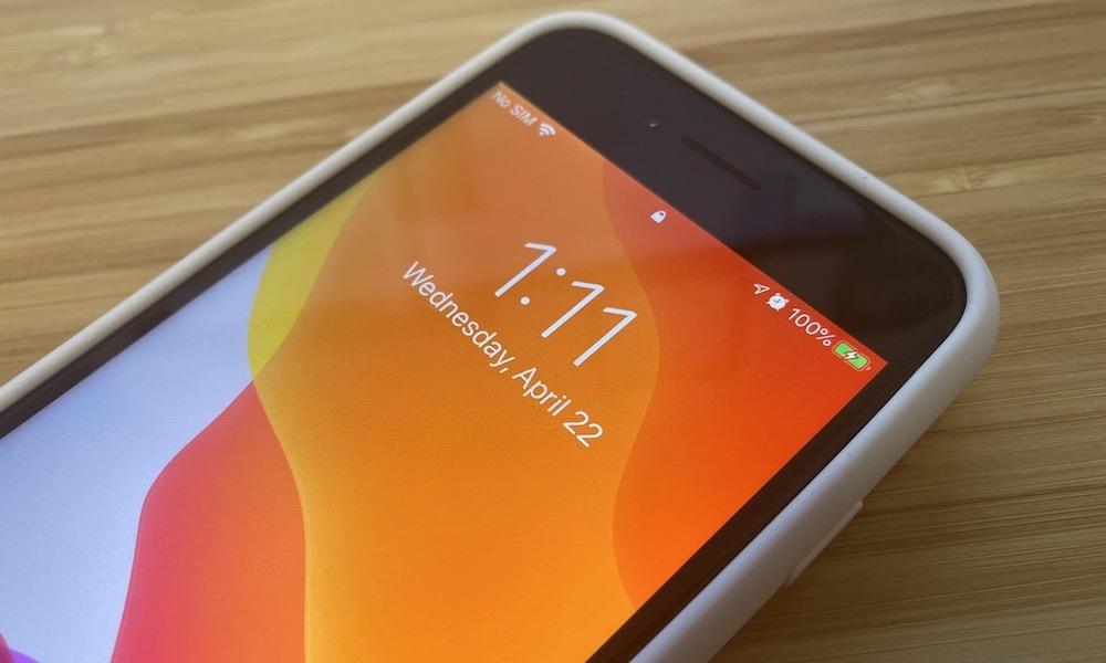 AppleIPhone SE kan använda iPhone 6, 7, och 8 Fodral, men vad sägs om batterifall? 1