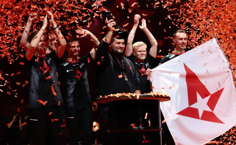 Astralis menyapu AVANGAR dan menjadi tim pertama di CS: GO history untuk memenangkan empat Jurusan