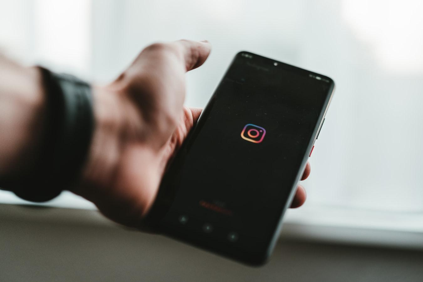 Cómo enviar Instagram DM desde su computadora de escritorio / portátil en sencillos pasos