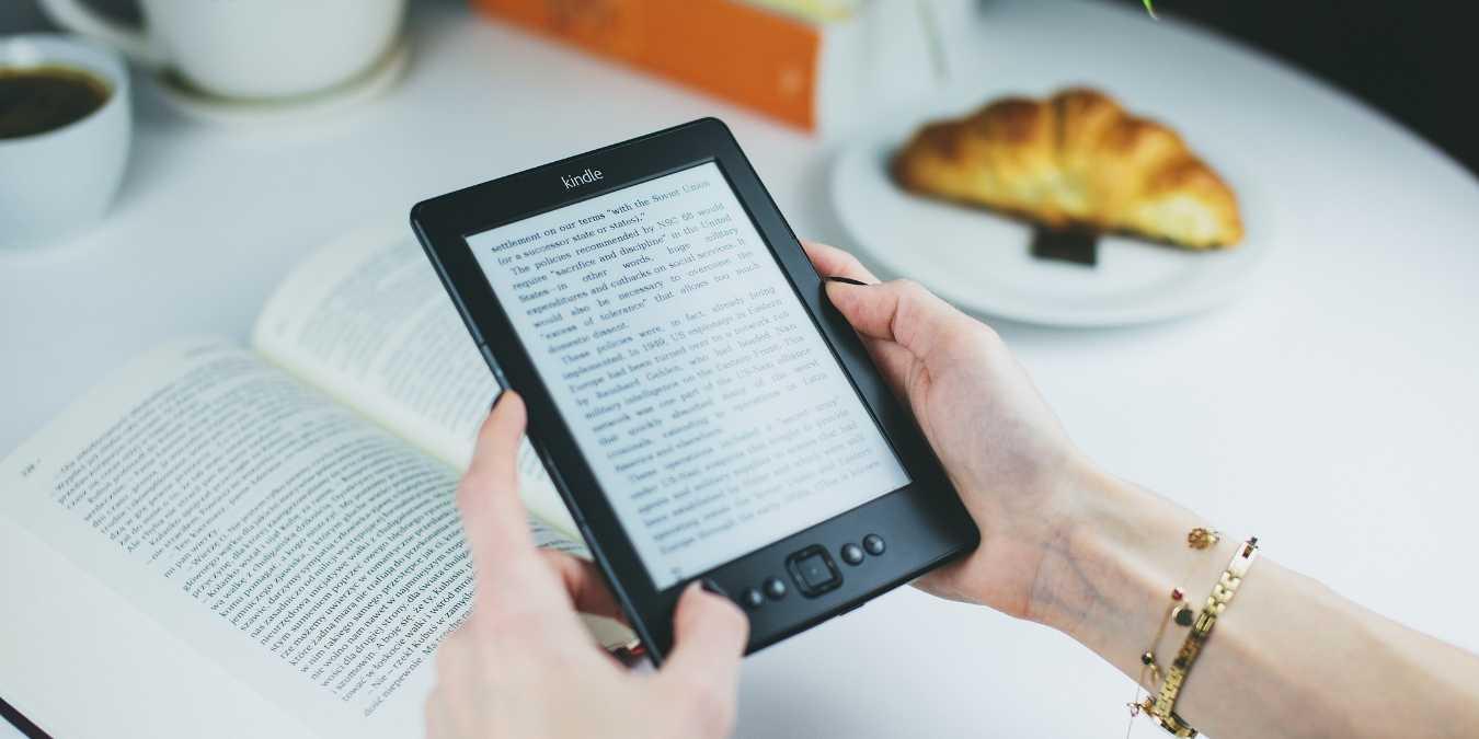 Kuinka lähettää sinulle verkkoartikkeleita Kindle Android-matkapuhelimellasi