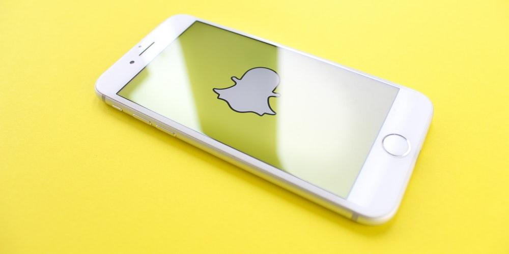 Hur man sparar chattar på Snapchat