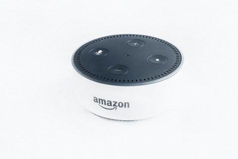 Ako uskutočniť telefonický hovor na Echo Dot
