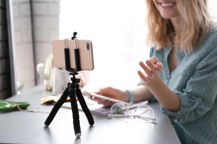 Cách sử dụng điện thoại làm webcam để phát trực tuyến hoặc hội nghị video 5
