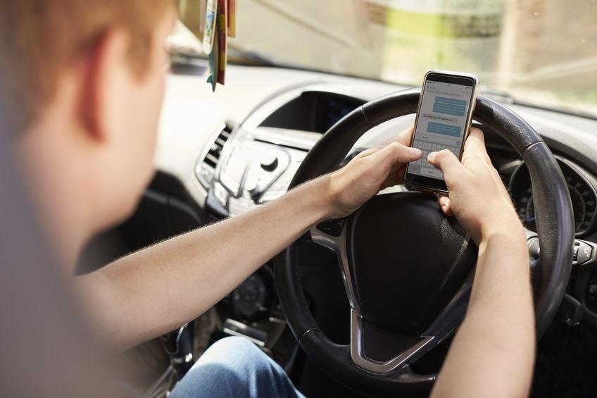 Hukum mengemudi telepon: celah yang memungkinkan pembuatan film ditutup 1