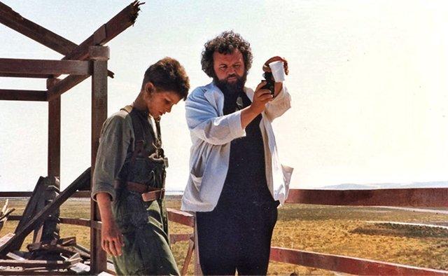 El mundo lamenta la muerte del cineasta Allen Daviau, compañero de trabajo de Steven Spielberg