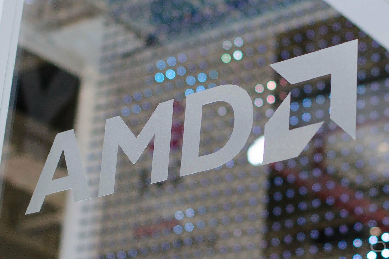 Analisis pertama menyegel lompatan besar 7 nm AMD terhadap Intel