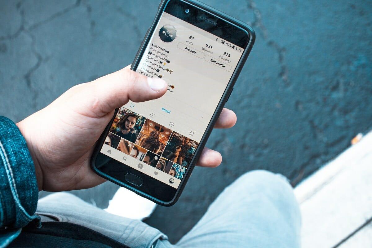 Facebook berencana menyatukan pesan dari Instagram dan Facebook Messenger