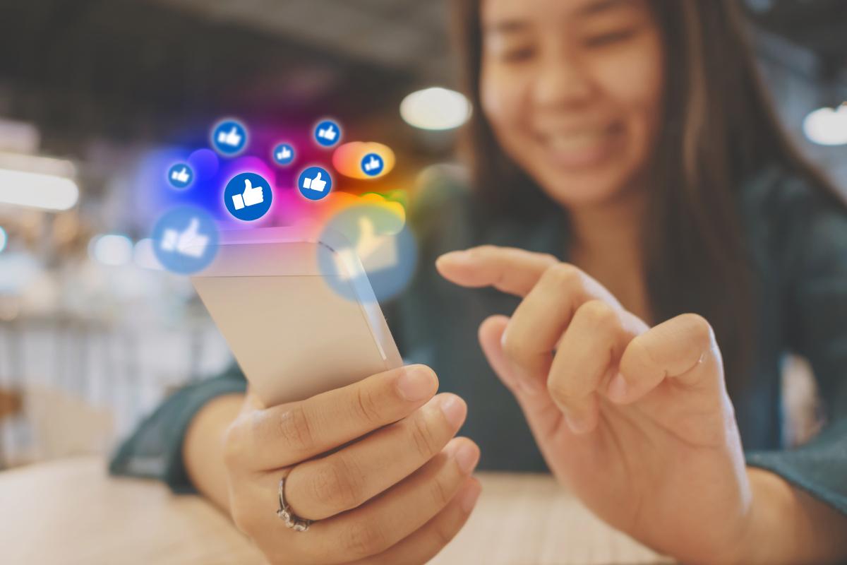 Facebook bisa menyembunyikan 'suka' di aplikasi media sosial setelahnya Instagram membuang fitur untuk 'menghilangkan tekanan'