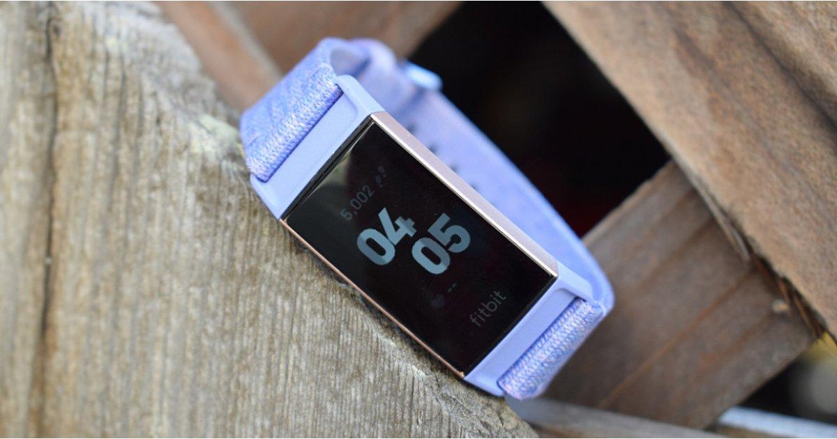 Fitbit harkitsee myyntiä, ja Google kutsutaan potentiaaliseksi ostajaksi.
